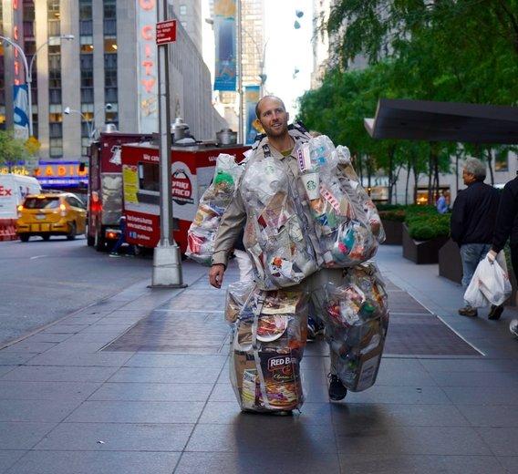 7.trash man
